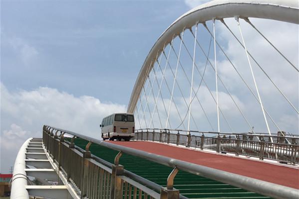 金属结构分公司玉林市园博园景观桥梁飞虹桥试车圆满